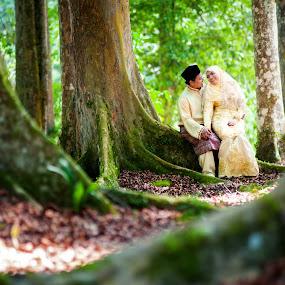 Love by Nuzul Taufiq - Wedding Bride & Groom