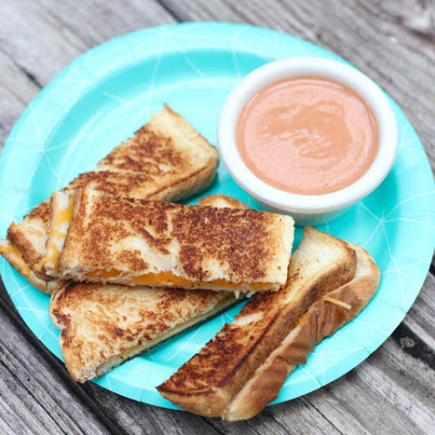 Grilled Cheese Dippers with Creamy Tomato Sauce