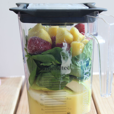 Simple Spinach Fruit Smoothie