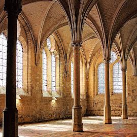 Abbaye du Rauyomont - Orratoire by Gérard CHATENET - Buildings & Architecture Places of Worship