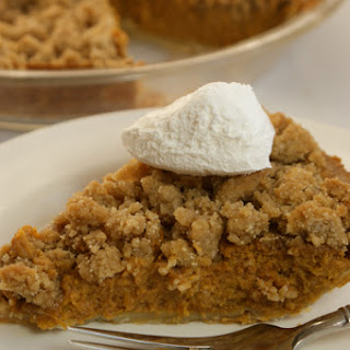 Vanilla Crumble Pumpkin Pie