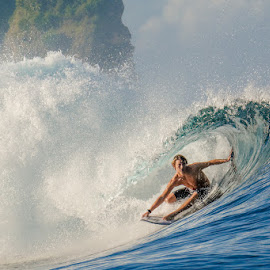 The left by Tânia Araújo - Sports & Fitness Surfing ( sumba, indonesia, surf indonesia, left, nihiwatu, surf,  )