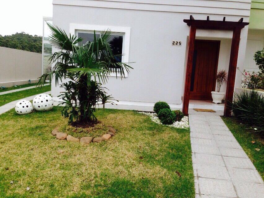 Casa de 3 dormitórios à venda em Lomba Do Pinheiro, Porto Alegre - RS
