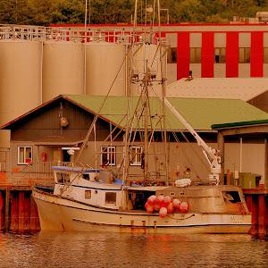 Alaska boat  _tonemapped.jpg