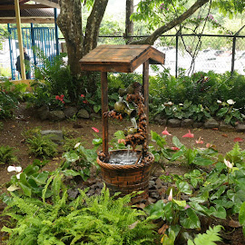 Garden fountain by Idameth Ramos - Novices Only Objects & Still Life ( water fountain, gardens )