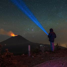 Looking for the stars by Cristobal Garciaferro Rubio - People Portraits of Men ( volcano, stars, popocatepetl, eruption )
