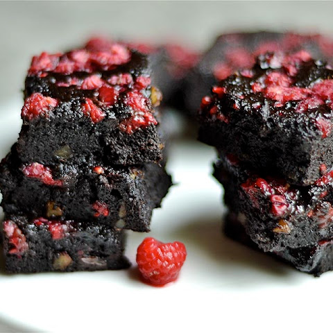 Dark Chocolate Raspberry Walnut Brownies (Paleo, Gluten-Free)
