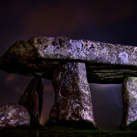 lanyon quoit by Andy Toby - Buildings & Architecture Public & Historical ( penzance, light painting, night, lanyon quoit, cornwall,  )