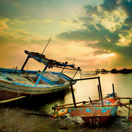 by Muhasrul Zubir - Transportation Boats