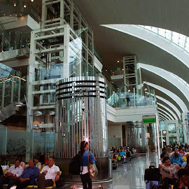 Dubai Airport by Ingrid Anderson-Riley - Buildings & Architecture Public & Historical