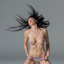 Lindi_Passion by Gawie van der Walt - Nudes & Boudoir Artistic Nude (  )