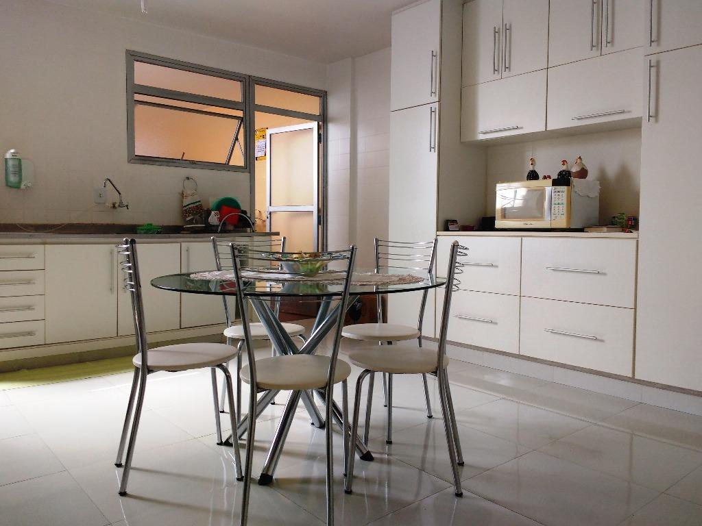 Apartamento à venda, 212 m² por R$ 460.000,00 - Centro - Uberaba/MG