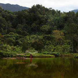 .B I S M I L L A H________________#instanusantara#instanusantarajakarta #ic_landscapes #ic_people #igworldclub #ig_exquisite #igworldquest #instasunda #liveauthentic #naturewishperers #flirtingwithnature #livefolkindonesia #indonesia_photography by Deni Sutrisno - People Portraits of Men