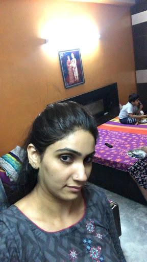 home tutor in Moti Nagar