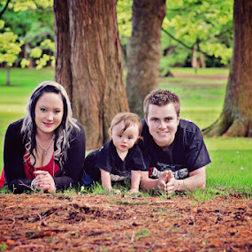 Family Portrait by Karissa Best - People Family ( outdoors, photographer, karissa best photography, invercargill, nz )