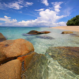 Australia's Number One Beach by Geoffrey Wols - Landscapes Travel ( water, queensland, turquoise, tropical, nudey beach, beach, paradise, rocks, fitzroy island,  )