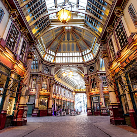 Leadenhall Market by Aamir DreamPix - Buildings & Architecture Other Interior ( shop, building, uk, market, london, markets, buildings, architectural detail, architecture, shopping )