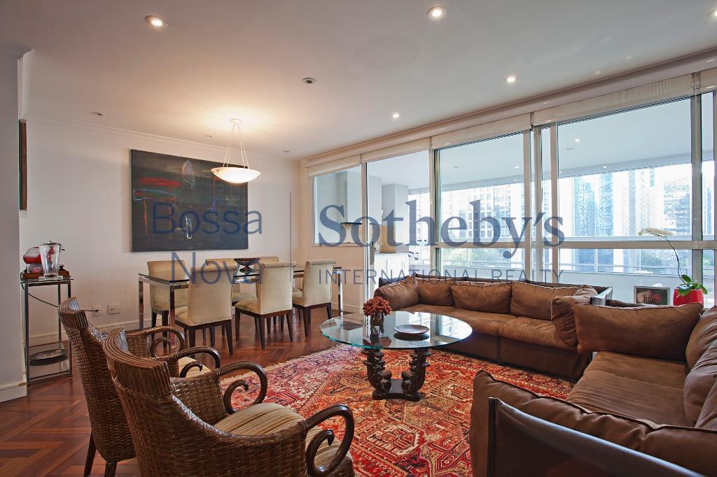 Ótimo apartamento com varanda gourmet em condomínio clube