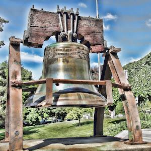 Bell at Capitol.jpg
