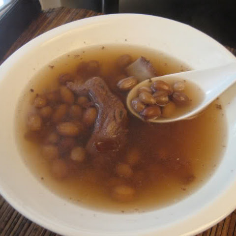 Chinese Peanut Soup with Spareribs