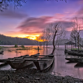 Tamblingan by Bejo Jounest - Landscapes Sunsets & Sunrises