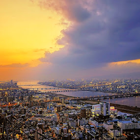 Cloud of the river by Hiro Ytwo - City,  Street & Park  Skylines ( clouds, sky, sunset, dusk, city )