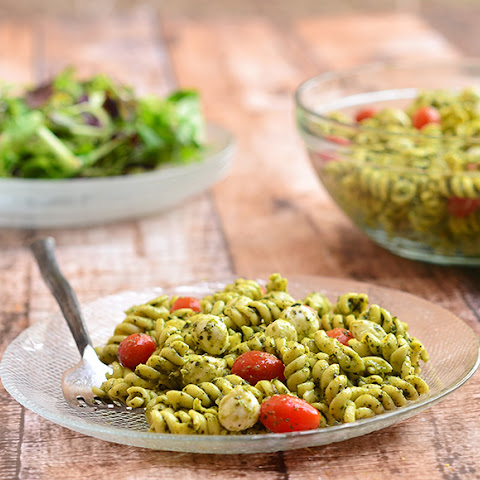 Pesto Pasta with Fresh Mozzarella and Cherry Tomatoes
