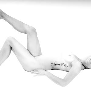 Nude 19 B&W.jpg