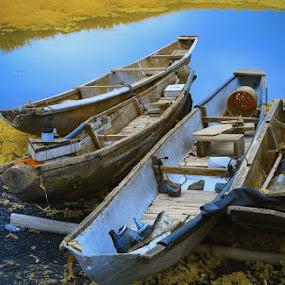 Bangka by Boyet Lizardo - Landscapes Waterscapes