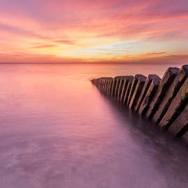 Breakwater by Piotr Dominiak - Landscapes Sunsets & Sunrises ( irish sea, ireland, breakwater, long exposure, seascape, sunrise )