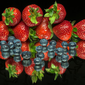 Reflective Blueberries & Strawberries by Jim Downey - Food & Drink Fruits & Vegetables ( reflection, red, blue, green, strawberries, blueberries, black )