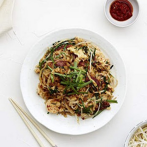 Char Kwai Teow (stir-fry Flat Rice Noodles)