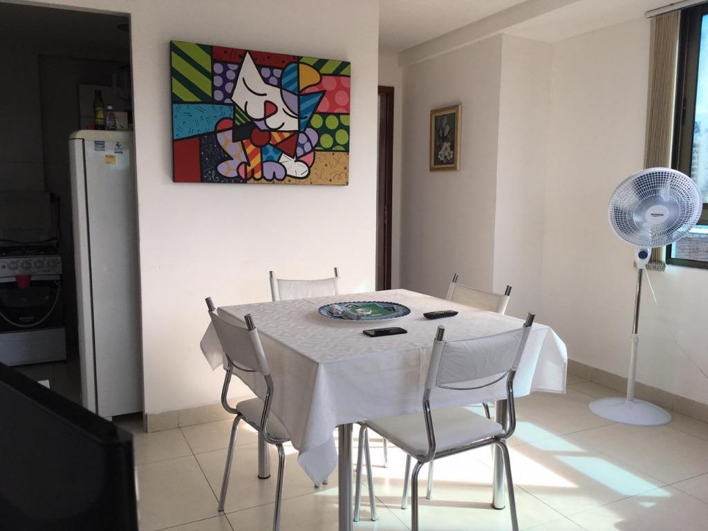 Apartamento com 2 dormitórios à venda, 60 m² por R$ 360.000 - Manaíra - João Pessoa/PB