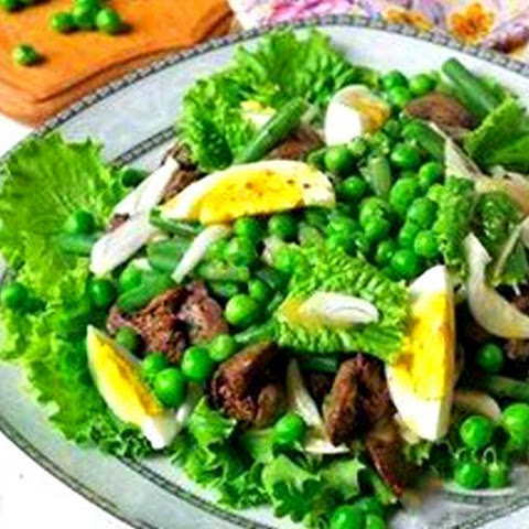 Salad With Chicken Liver And Peas
