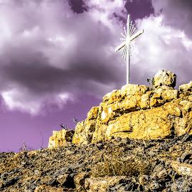 The Cross by Rqserra Henrique - Artistic Objects Signs ( clouds, brazil, purple, rqserra, yellow, rocks, cross )