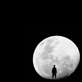 :: In my Moon :: by Imam Wahyudi - People Fine Art