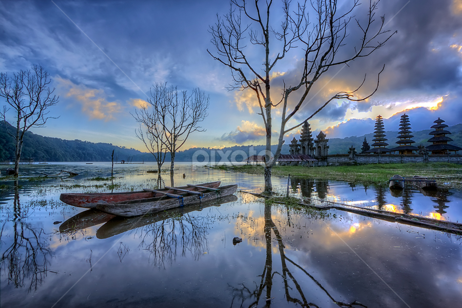flooded by Bigg Shangkhala - Landscapes Mountains & Hills