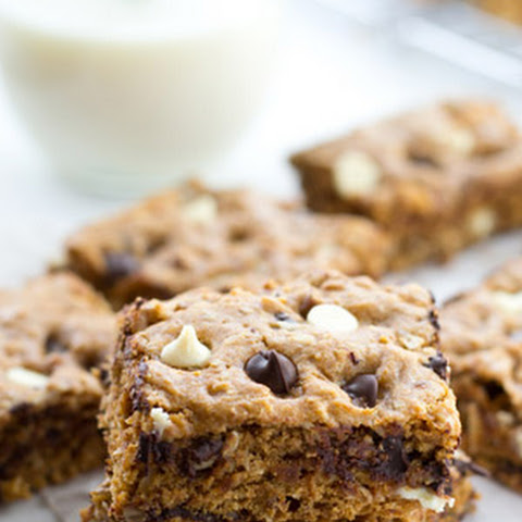 Ultimate Soft and Chewy Blondies