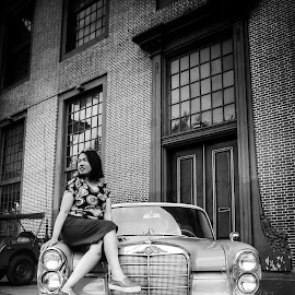D1AN by Abdul Salam - Instagram & Mobile Android ( #blackandwhite #bw #bnw #potrait #vintage #car # classic )