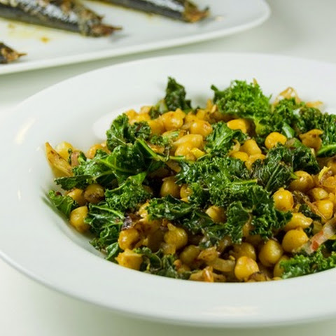 Chickpeas and Kale Stir Fry
