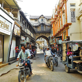 Old City by Anoop Namboothiri - City,  Street & Park  Street Scenes ( street, anoop namboothiri, city,  )