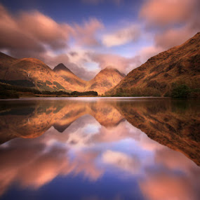 Lochan Urr by Wolfy Pic - Landscapes Waterscapes