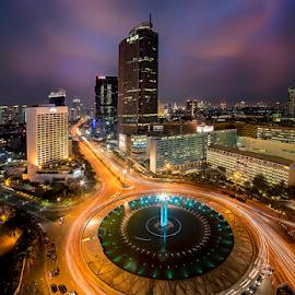 Bunderan Hotel Indonesia by Doeh Namaku - City,  Street & Park  Night ( city at night, street at night, park at night, nightlife, night life, nighttime in the city )