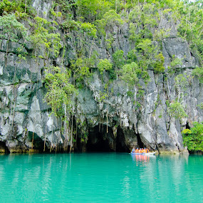 Puerto Princesa Underground River by Geb Bunado - Landscapes Caves & Formations ( puerto princesa, vacation, nature, travel, cave, philippines, palawan, underground river )
