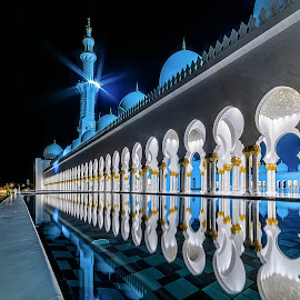 Sheikh Zayed Grand Mosque by Karim Eldeghedy - Buildings & Architecture Places of Worship ( reflection, night photography, hdr, mosque, reflections, long exposure, abu dhabi )