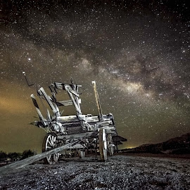 The Wagon by Rodolfo Lara - Landscapes Starscapes ( stars, long exposure, milky way, nightscape )