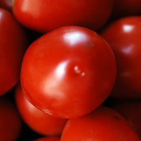Tomatoes by Cristobal Garciaferro Rubio - Food & Drink Ingredients ( jitomate, tomatoes, rojo, jitomates )