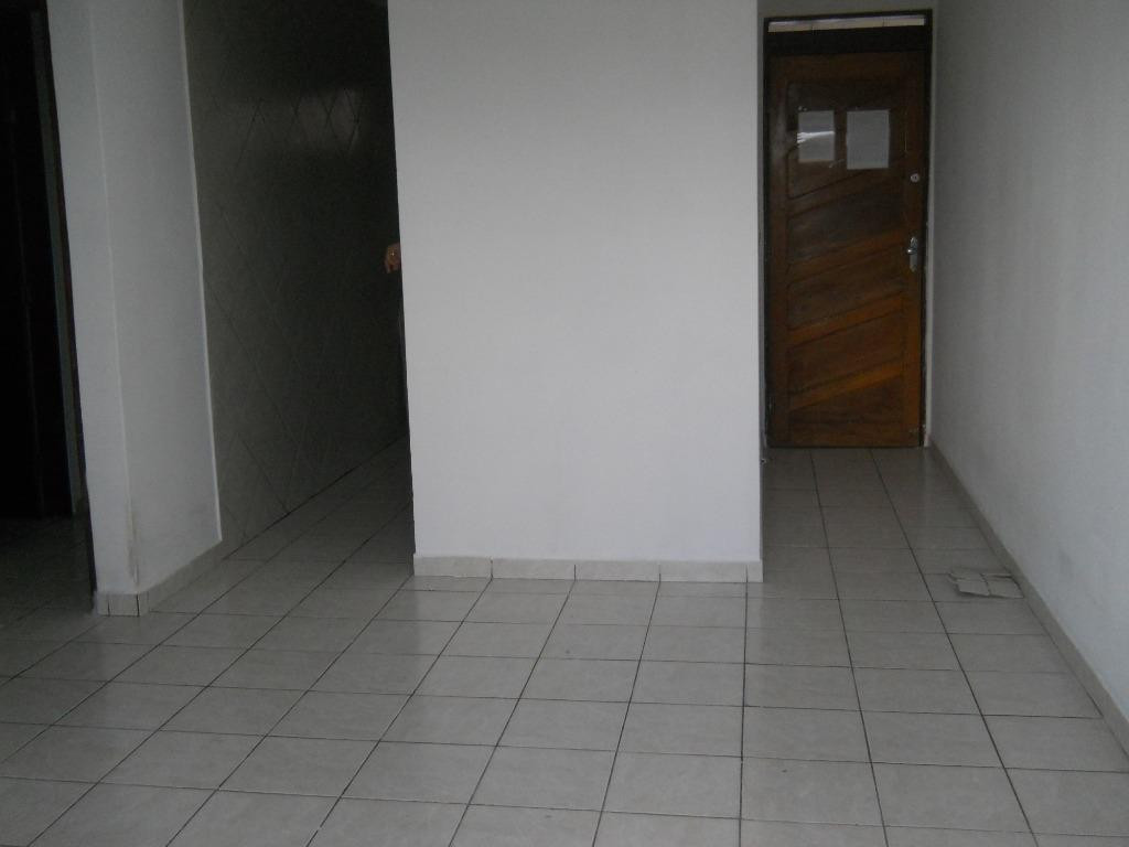 Apartamento com 2 dormitórios para alugar, 56 m² por R$ 900/mês - Bessa - João Pessoa/PB