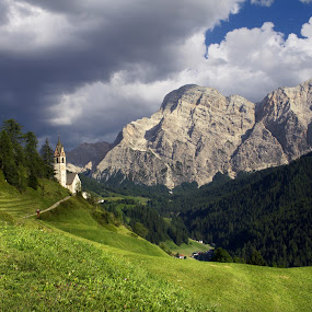 St.Barbara e il Sasso Croce by Mark Soetebier - Landscapes Mountains & Hills ( sud tyrol, mountains, dolomiti, dolomites, landscapes, italy, mountain church, alps, alpine,  )