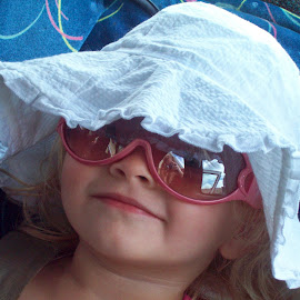 Sky by Melissa Bittrich - Babies & Children Child Portraits ( hats, girl, star, children, portrait )